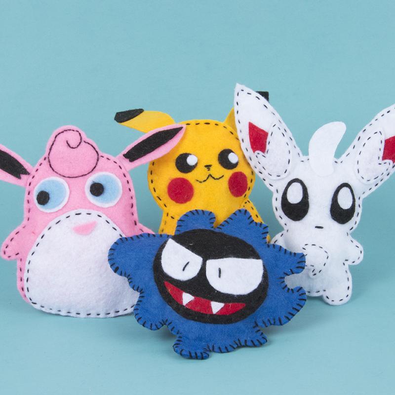 Pokémonfiguren naaien van vilt. Knutselen voor kinderen.