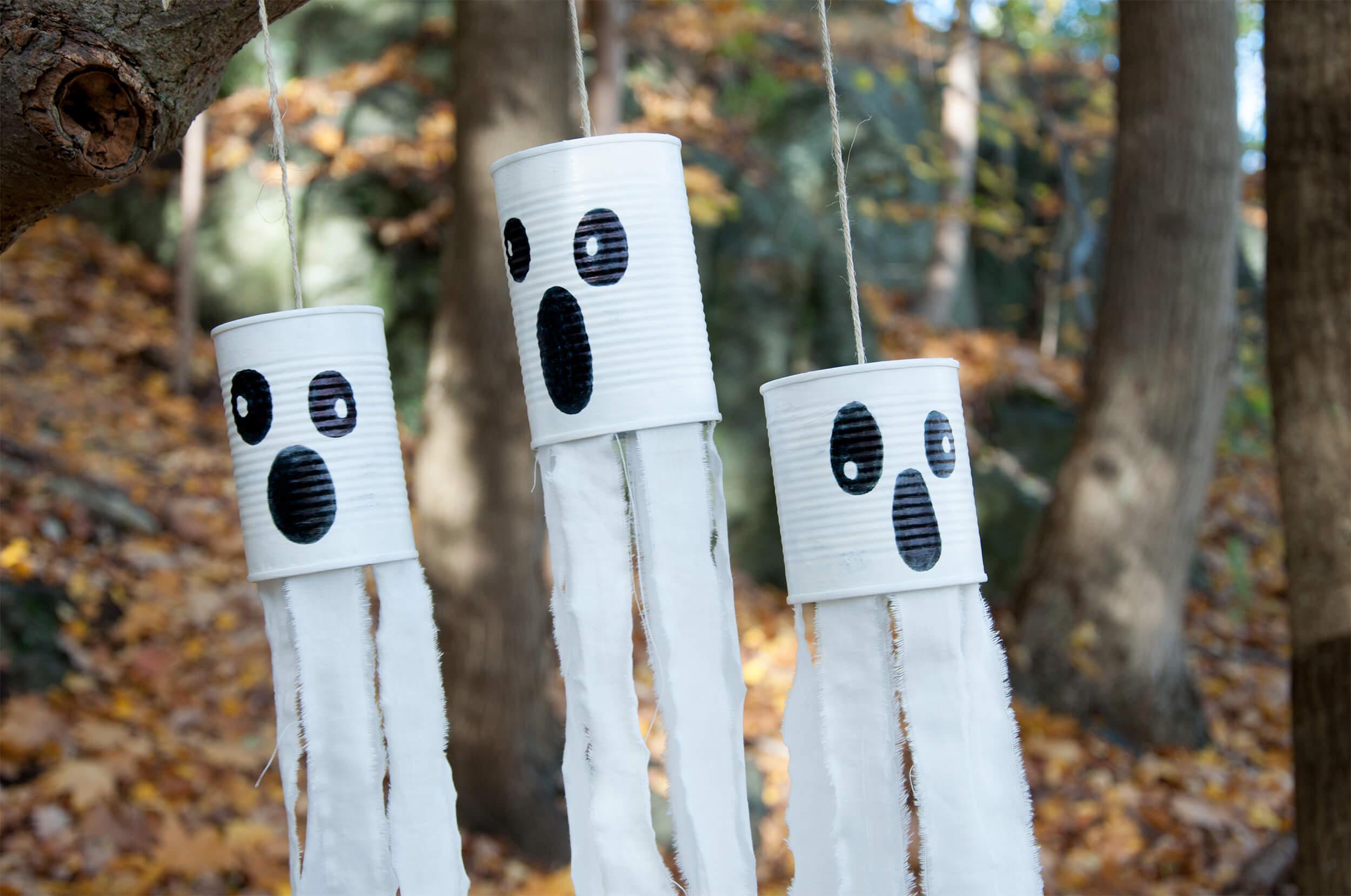 DHZ – Knutselen voor Halloween. Maak spoken van conservenblikjes!