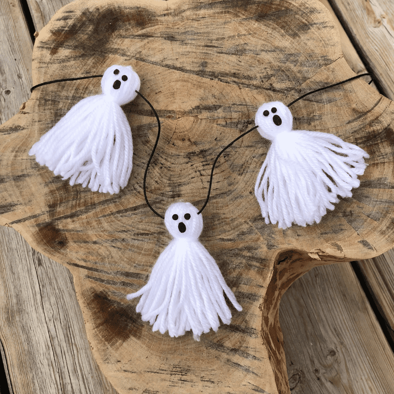 halloween-bastelspaß gespenster aus garn