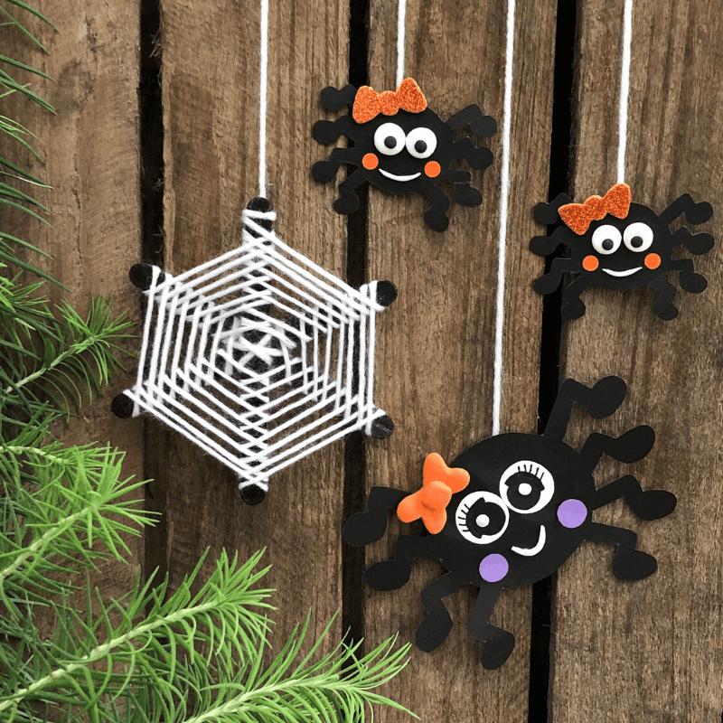 pyssla spindlar till Halloween