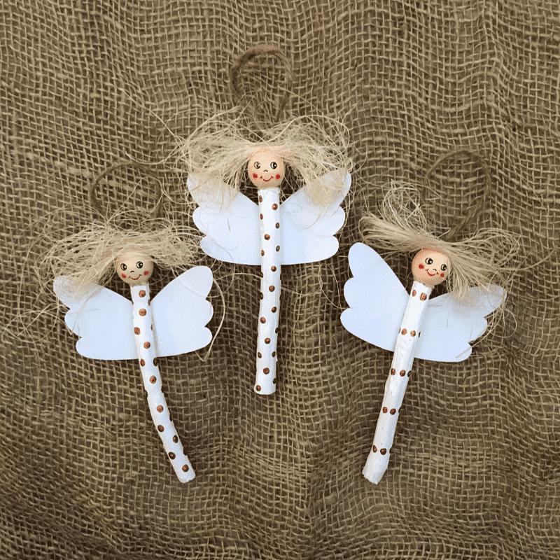 pyssla änglar av pinnar till jul