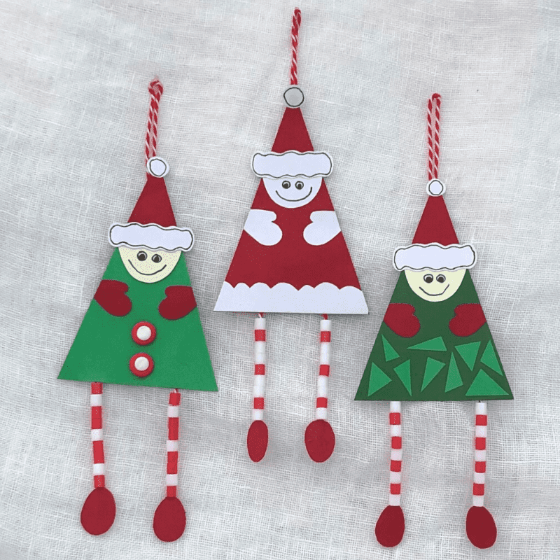 Weihnachtsmänner mit langen Beinen aus Bügelperlen basteln